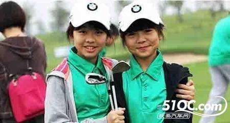 高尔夫球场还为孩子们提供了一个最好的社交平台,让他们在这里结识与