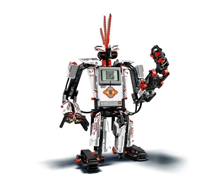 使孩子從原來的設計模仿過渡到創意階段,達到綜合掌握機器人設計的