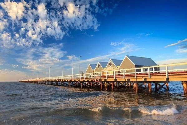 是西澳南部的标志性景点之一,观赏醉人的海上栈桥景色,台湾著名艺人