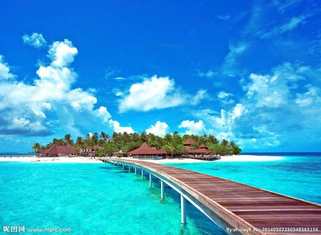 普吉岛是泰国最大的岛,也是泰国最小的府.