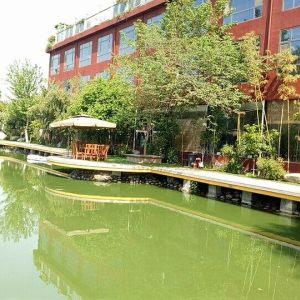 """西安市沣东新城花园一号花园渡假山庄""""大圣甲"""""""